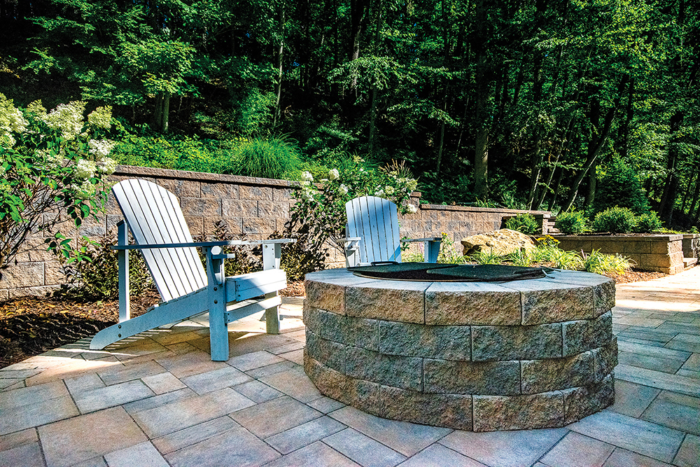 Tips from a Pro: Choosing an Outdoor Fire Feature - DesignNJ