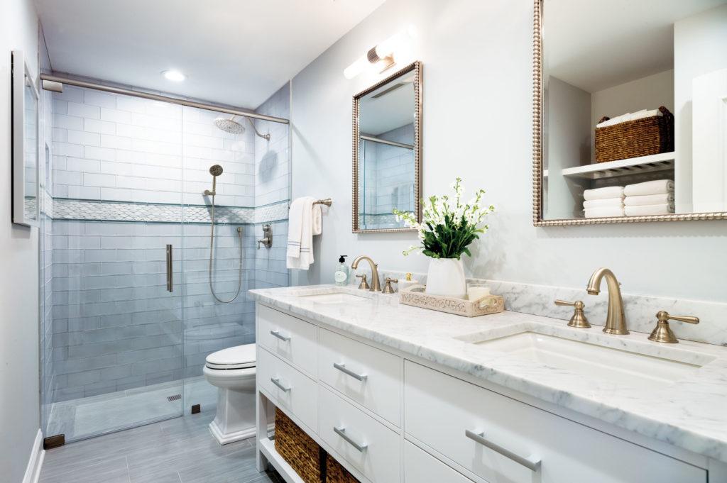Jersey Shore Main Bathroom