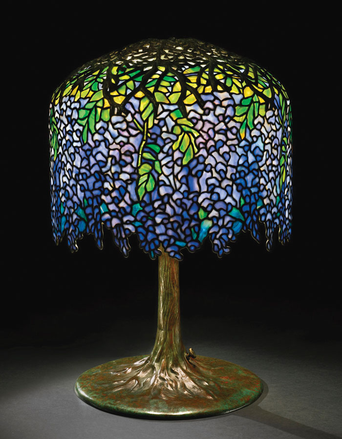 The Wisteria Lamp Produced Circa 1905 Is One Of Most Iconic Designs By Tiffany Studios Pattern Comprises Nearly 2 000 Pieces Gl